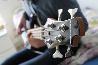 低音 ベース 楽器