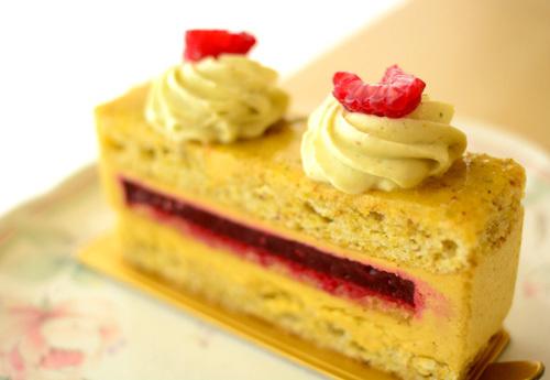 【ケーキ】エーグルドゥース「ピスターシュ65」