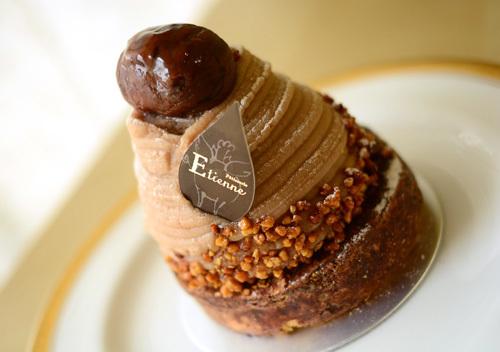 【ケーキ】エチエンヌ「モンブランソレイユ」 (1)