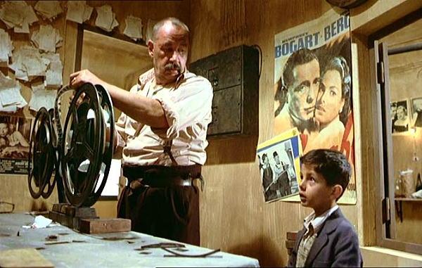 Cinema-Paradiso-Toto-Alfredo-Movie-Review - コピー