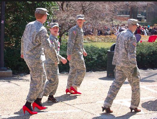 アメリカ軍にハイヒール