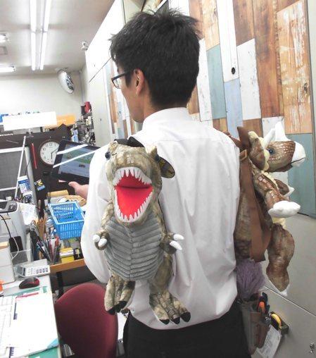 恐竜バッグ (2)
