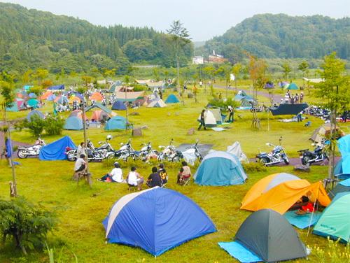 camp01_b.jpg