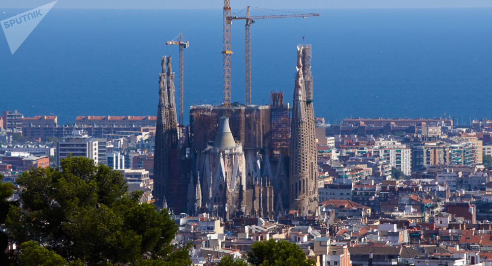 スペイン・バルセロナの観光名所「サグラダ・ファミリア」 実は建設開始から136年間違法建築状態 … 罰金46億8000万円を支払い、合法的な工事許可を得ることで合意
