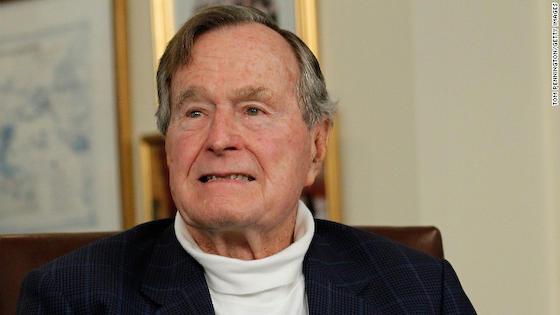 ジョージ・H・W・ブッシュ 大統領 訃報 湾岸戦争