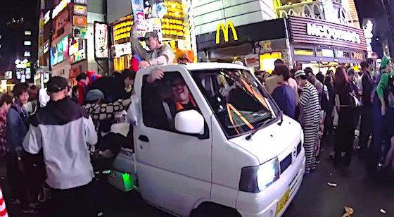 ハロウィン 渋谷 暴徒