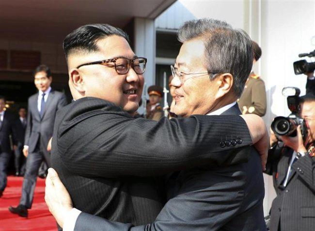 文在寅 BBC 北朝鮮 韓国 金正恩 人権派弁護士