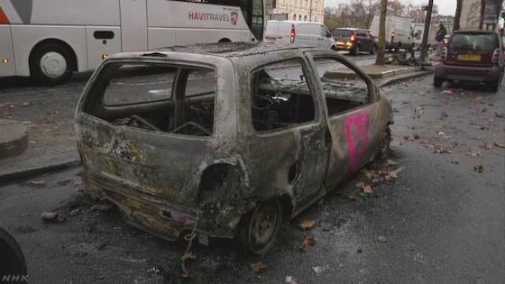 フランス デモ 暴徒 ガソリン 移民
