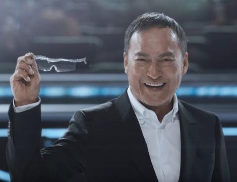 ハズキルーペ会長「60秒の宣伝費に100億円かけているのにクリエイターは見当違いな企画を持ってくる。だから自分でやるよ」