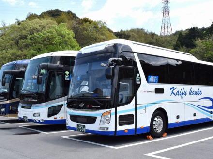 転職したての50代高速バス運転手、高速道路を低めのギアで走行→ 50代指導員がギアを上げるよう指示するが逆上しPAへ→ 淡路島南PAで運転を放棄、乗客17人が取り残される