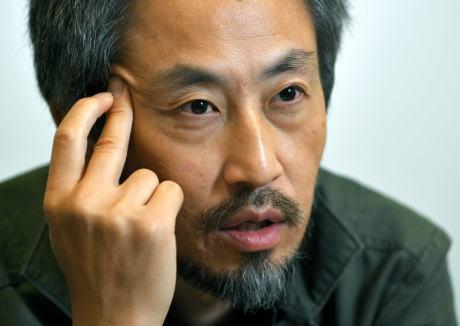 武装勢力による地獄の拘束生活にもめげず艶々健康だった安田純平氏(44)、帰国後胃潰瘍に … 「今は自宅にも帰っていない。2~3時間しか眠れず明け方に目覚めてしまう」