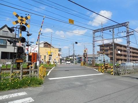 小田急江ノ島線の桜ヶ丘8号踏切@大和市a