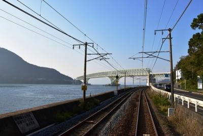 再び大島大橋の下を潜る