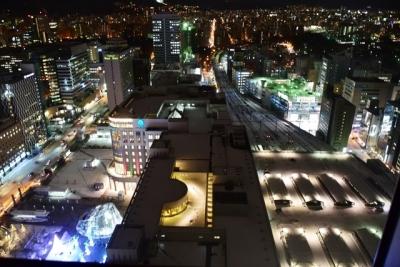 ホテルの窓からの夜景 札幌