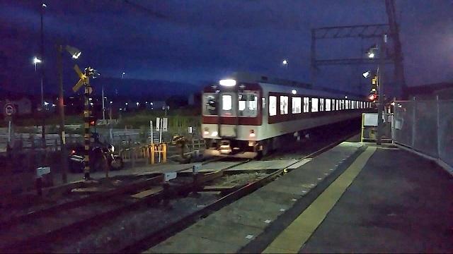 05 狛田駅 171018 018
