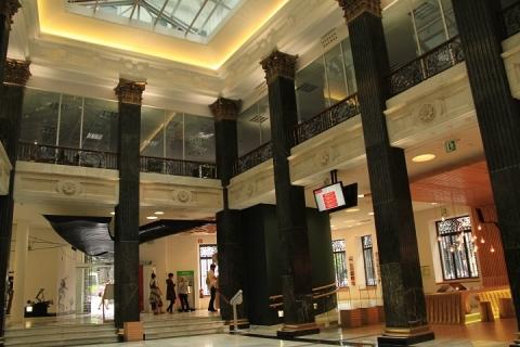 02139 Oficina de turismo en Plaza Birbila
