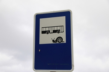 02303 parada de autobus de San Juan de Gaztelugatxe