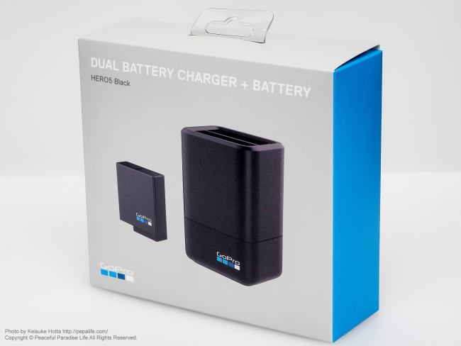 GoPro BATTERY CHARGER + BATTERY