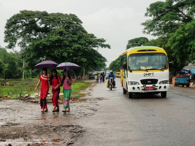 雨のミャンマー No.6 Road