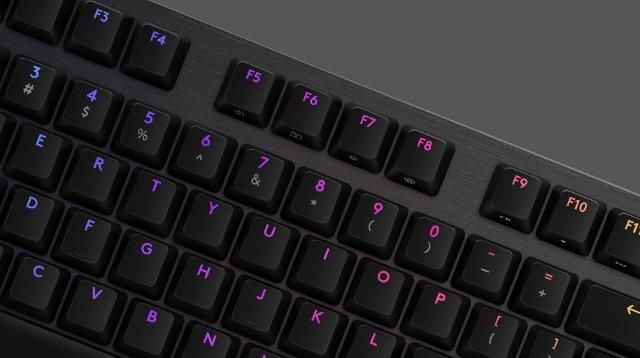 マウスキーボードマウス10 (640x358)