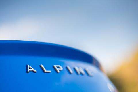 alpine110_2.jpg