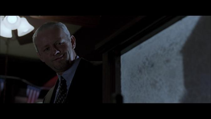 16blcs-David Morse as Frank