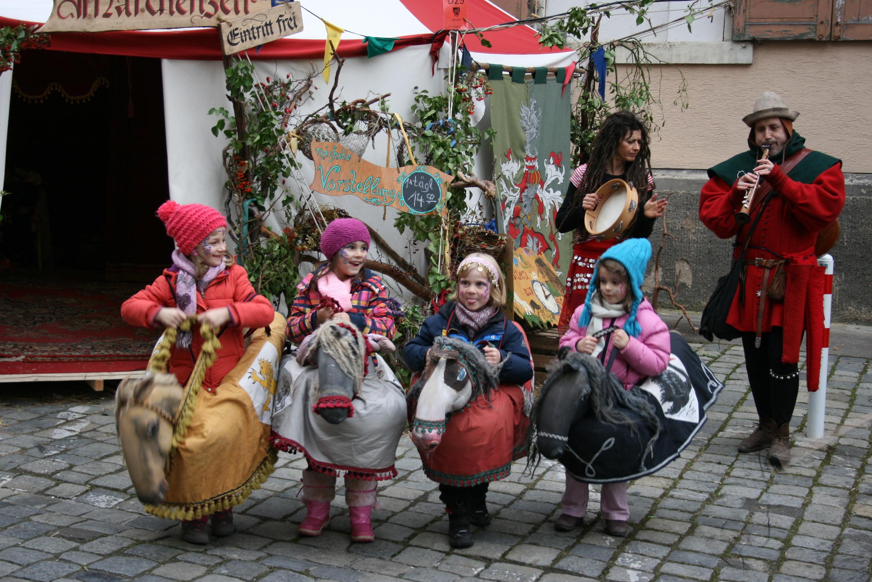 女の子の騎士のショー