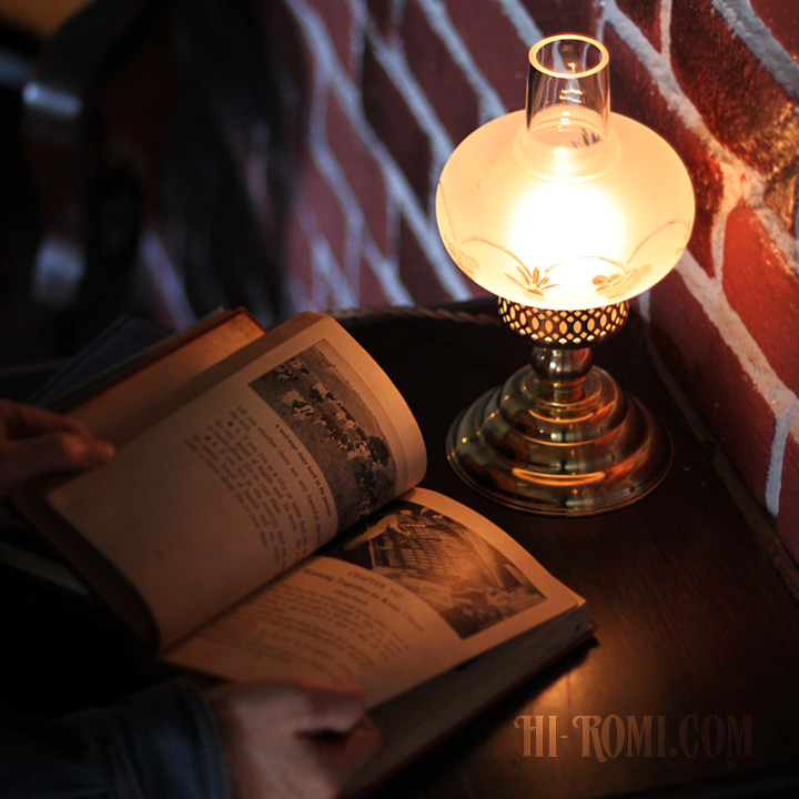 USAヴィンテージ照明フロストガラスチムニーテーブルライト