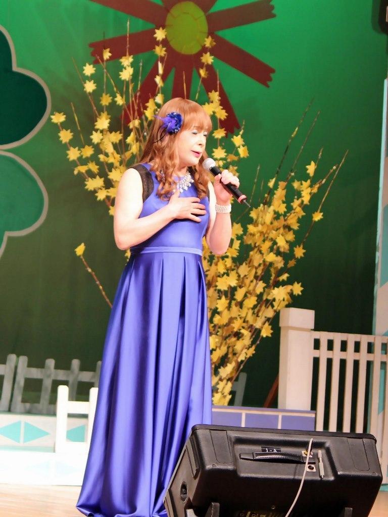 青紫ロングドレス舞台(1)