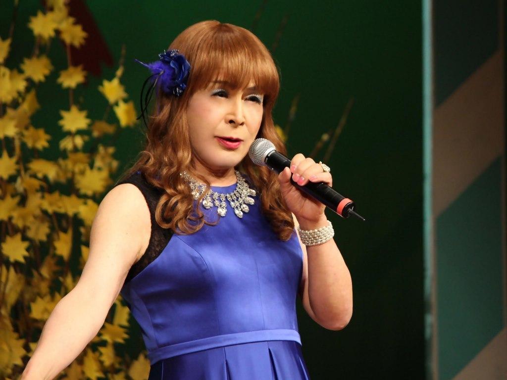 青紫ロングドレス舞台(11)
