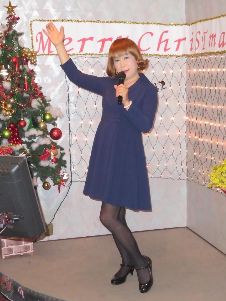 紺ワンピカラオケ(3)