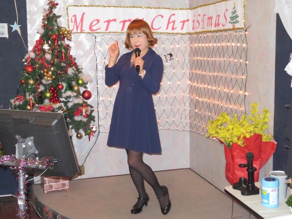 紺ワンピカラオケ(4)