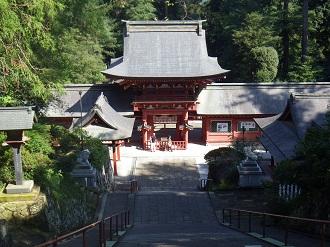 ゆかりは古し 貫前神社。