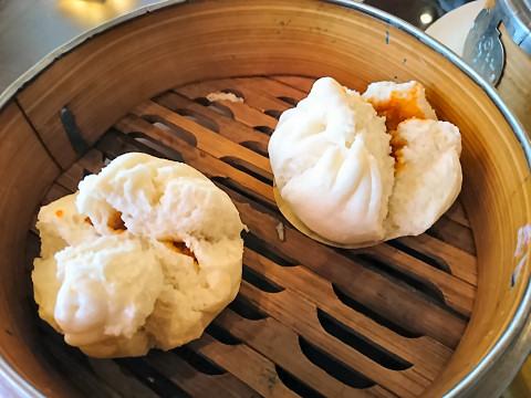 チャーシュウ入り蒸し饅頭@香港海鮮飲茶樓