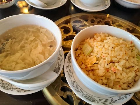 卵スープ+蟹炒飯@香港海鮮飲茶樓