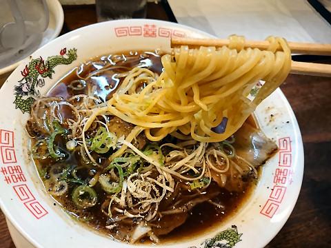 高槻ブラック麺リフティング@尾道文化ラーメン