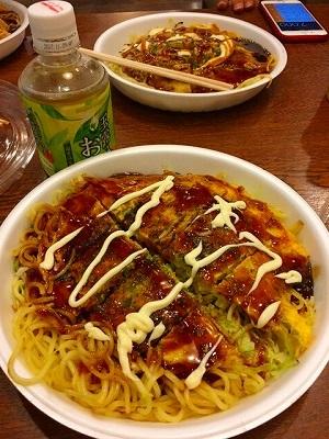 夕ご飯は広島焼きだよ!