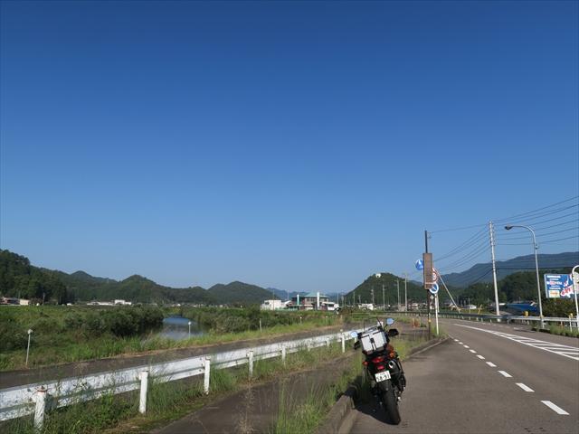 IMG_5025_R.jpg