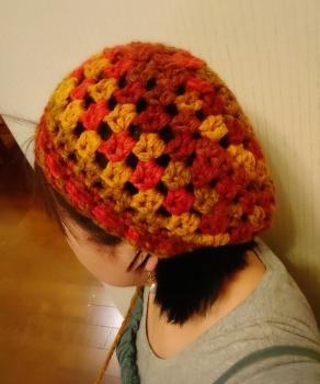 ジャンボ編みのベレー風ニット帽②