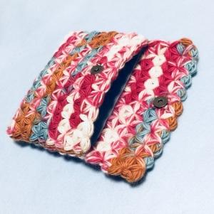 リフ編みのポーチ