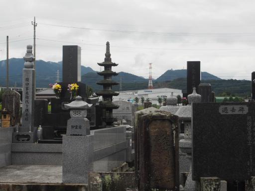 20170923・藤岡空06・祖母の墓と鉄塔
