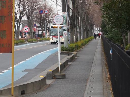20180105・鴻巣で免許更新鉄01・免許センターバス停