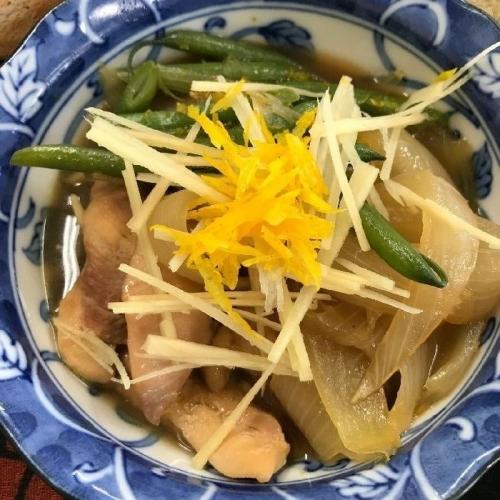 鶏肉と玉葱の柚子風味煮A