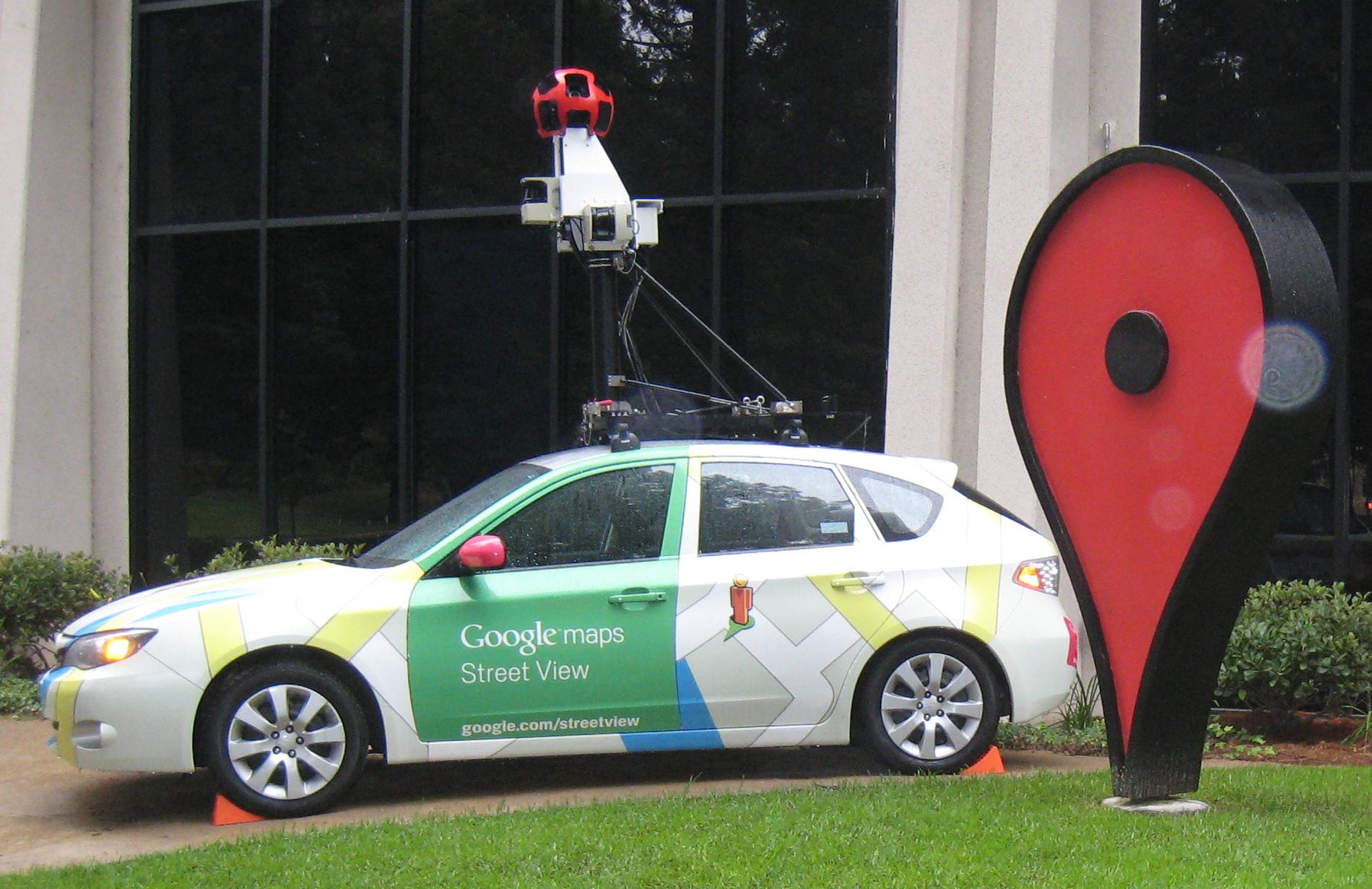 GoogleStreetViewCar_Subaru_Impreza_at_Google_Campus-2.jpg