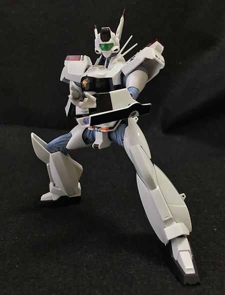 ROBOT_tamashi_Ingram213.jpg
