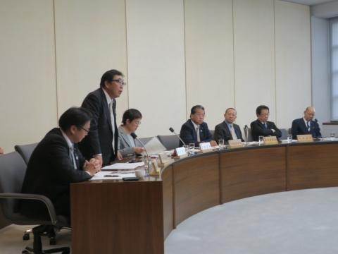 「総務企画委員会」参考人意見聴取④