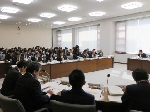 「平成29年11月22日決算特別委員会」②