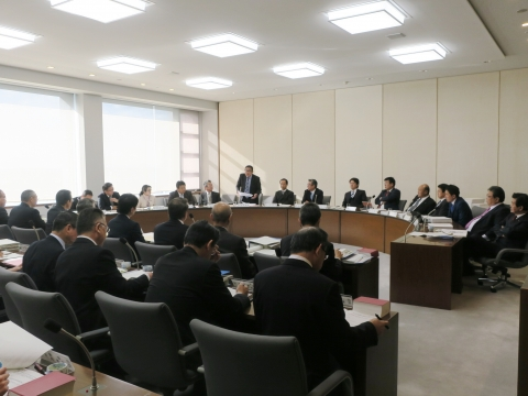 平成29年12月18日「決算特別委員会」県警本部質問③