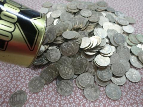 「10万円が貯まる缶カンを開けてみた!」④