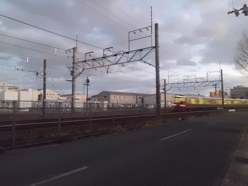 神崎変電所と福知山線